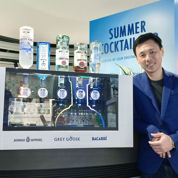 Interactive - Digital Bartender – Hong Kong International Airport - Tile
